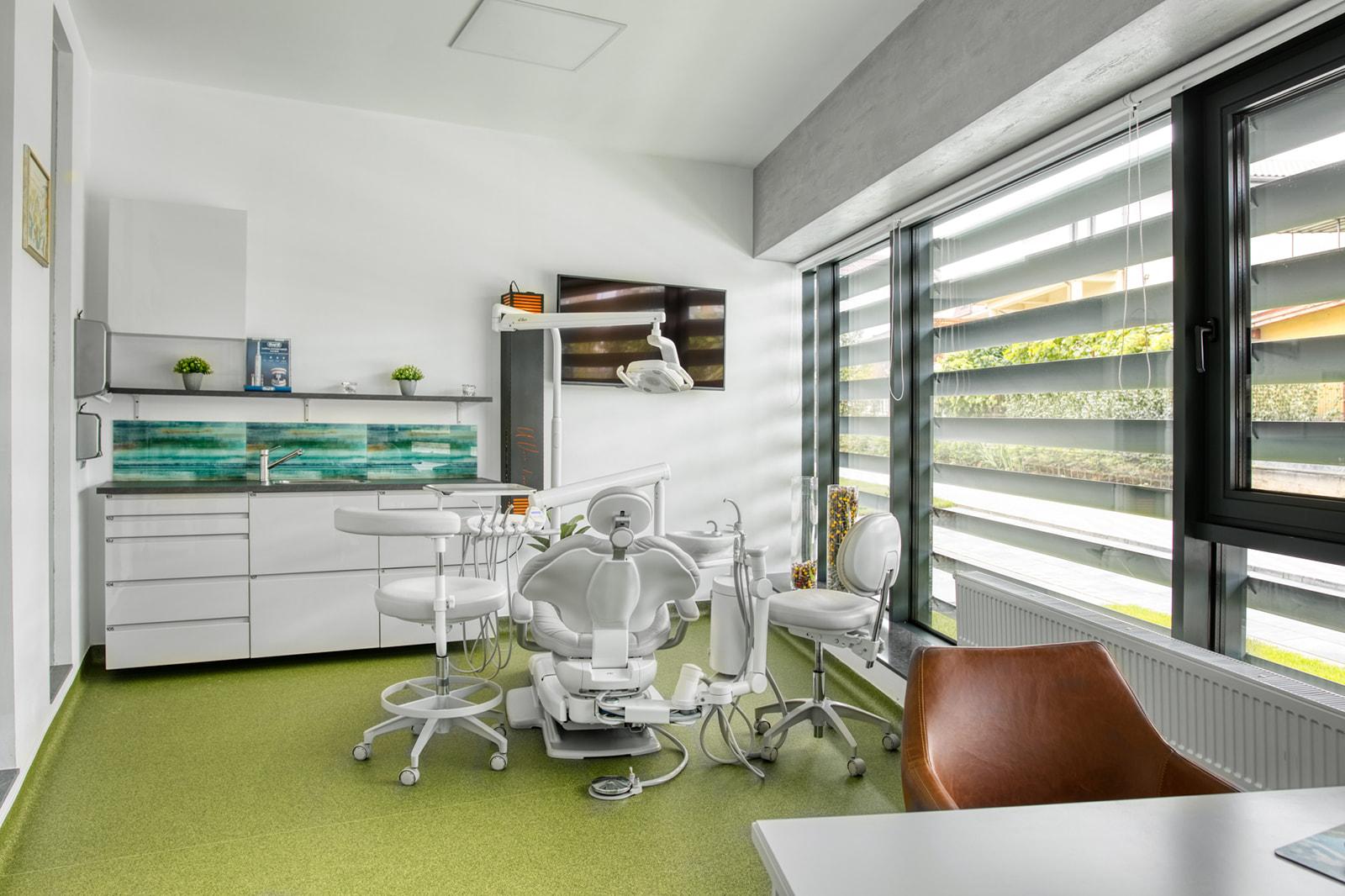Acasa 3 - Platinum Dental Center