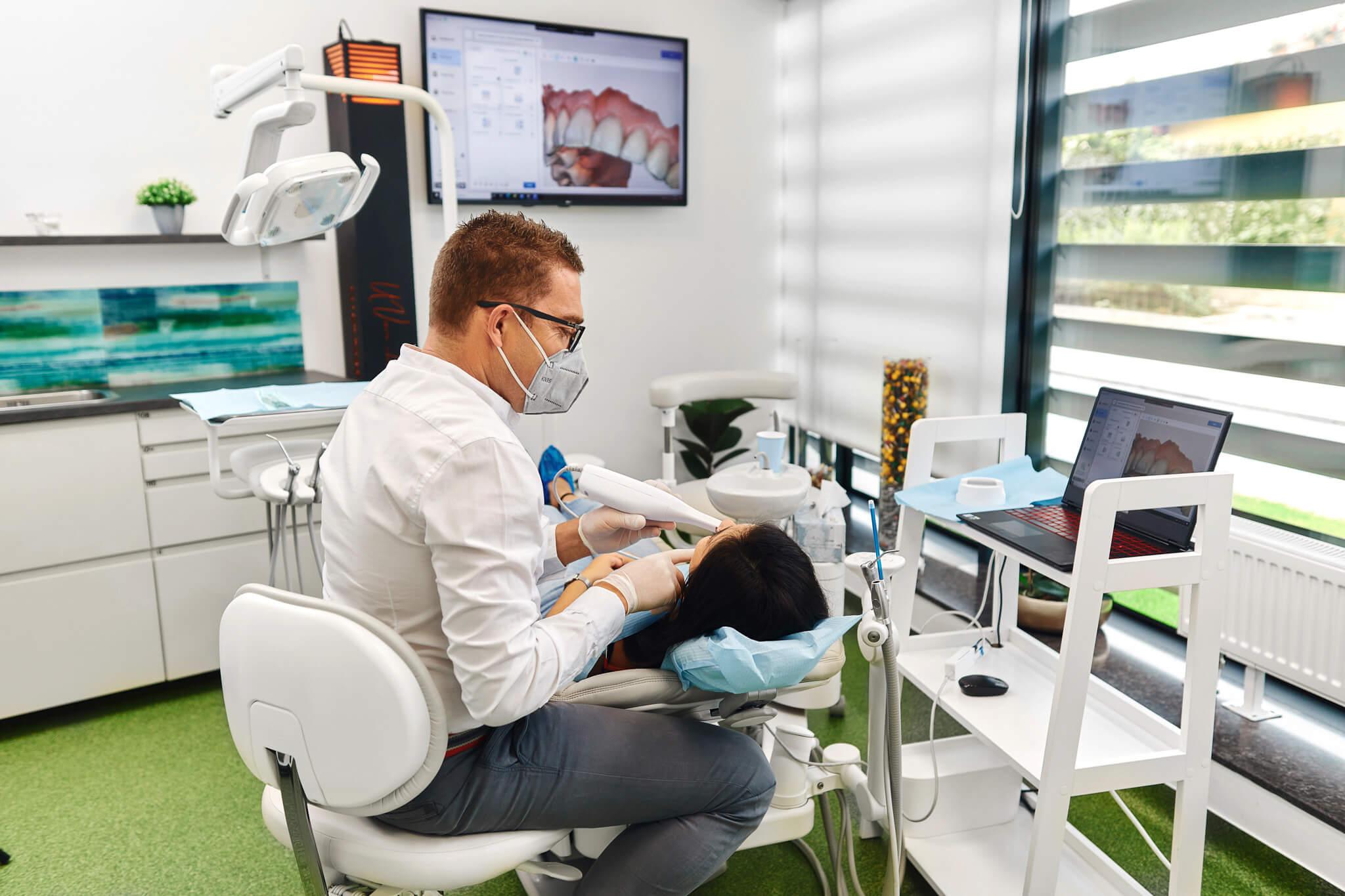 Scanner Platinum Dental Clinic